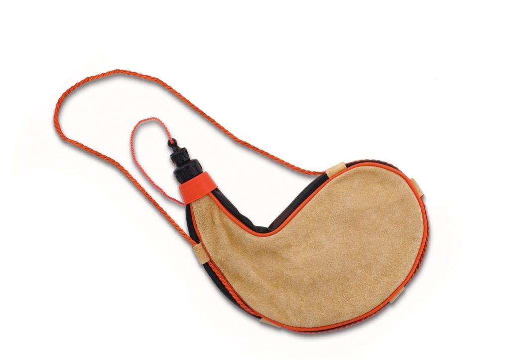 1 Liter Pvc Lined Leather Curved Bota Bag